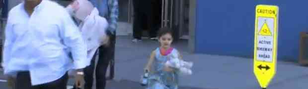 New Video! Katie Holmes & Suri Cruise — With Her Teddy Bear! — In NYC!