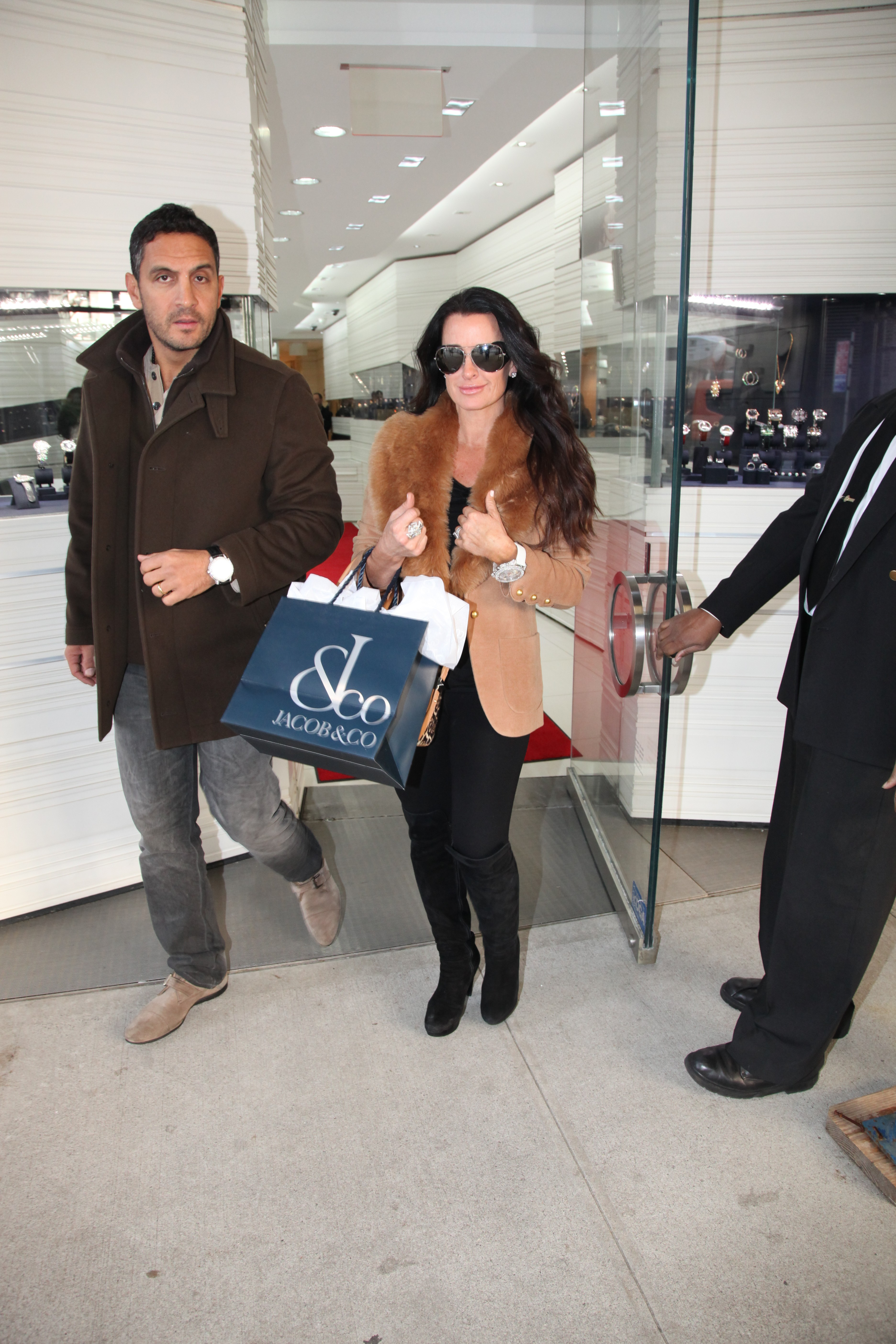 Kyle Richards and husband Mauricio Umansky at Jacob & Co in NYC (Photo ...