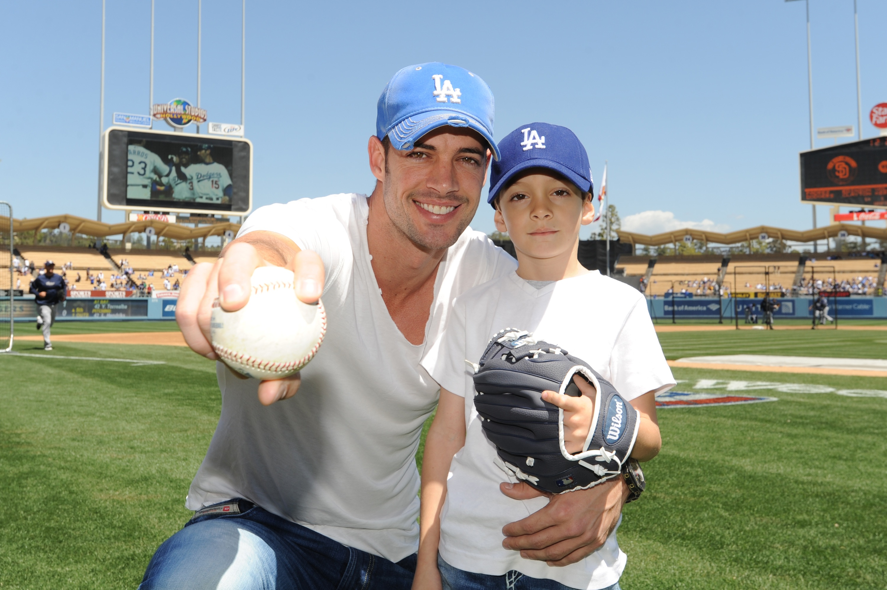 Dancing With The Stars   William Levy with his son Christopher   at    William Levy Daughter 2013
