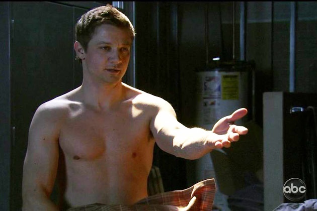 I'm sexy and I know it Jeremy-Renner-shirtless-The-Unusuals