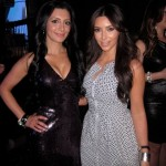 Kim Kardashian and her SNL lookalike at the E! Upfronts (KhloeKardashian.Celebuzz.com)