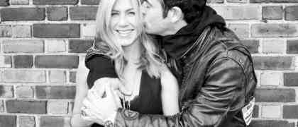 Finally! Jennifer Aniston & Justin Theroux Engaged!