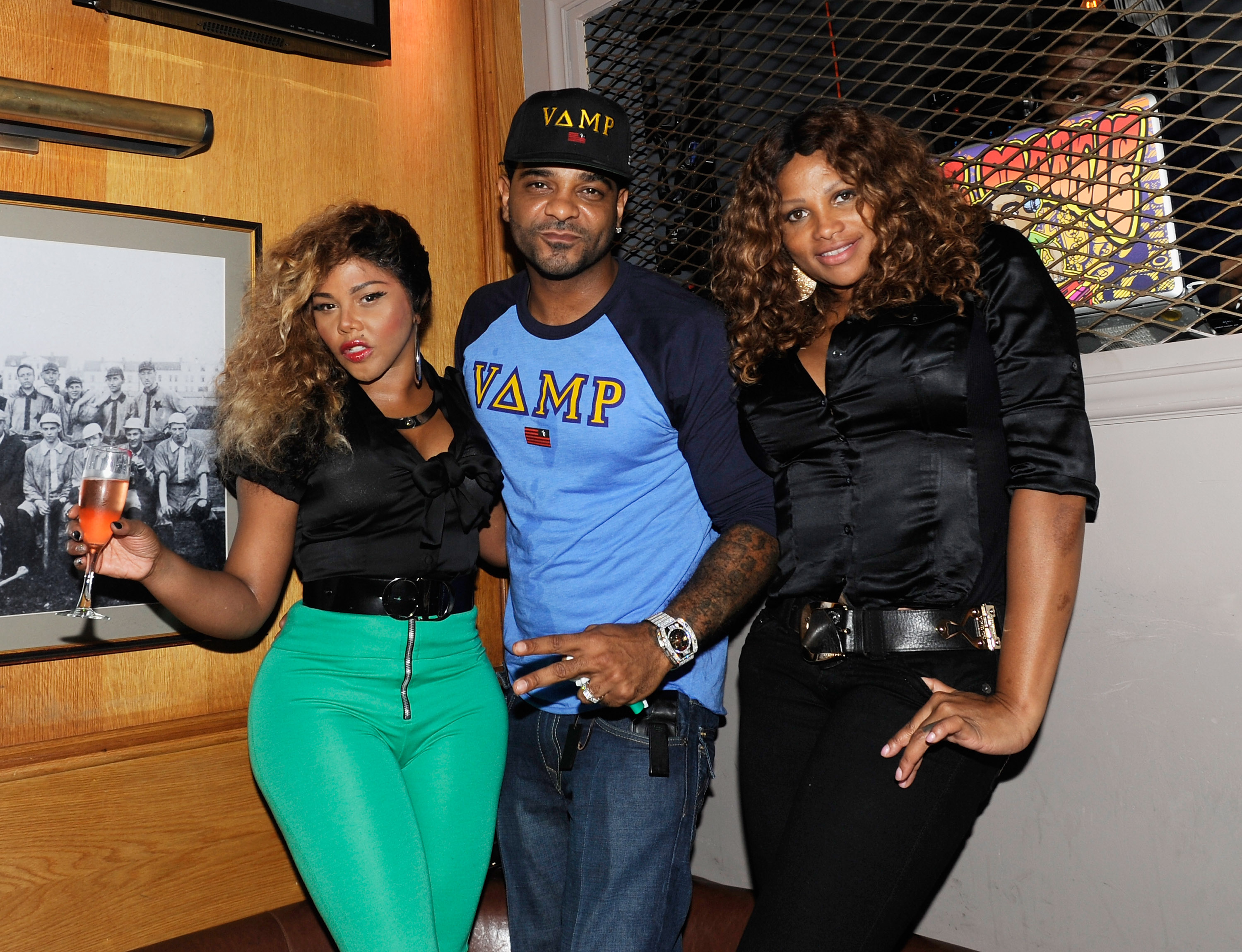New Party s Now That s Old School Lil Kim Parties With Pepa
