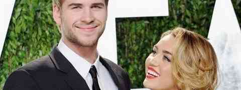 Report: Liam Hemsworth Attends Party Without Miley Cyrus — And Gets 'Very Cozy' With Another Woman