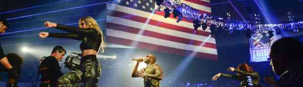 PHOTOS: Kid Rock & Flo Rida Perform For Military Personnel & Their Families At WWE Tribute To The Troops