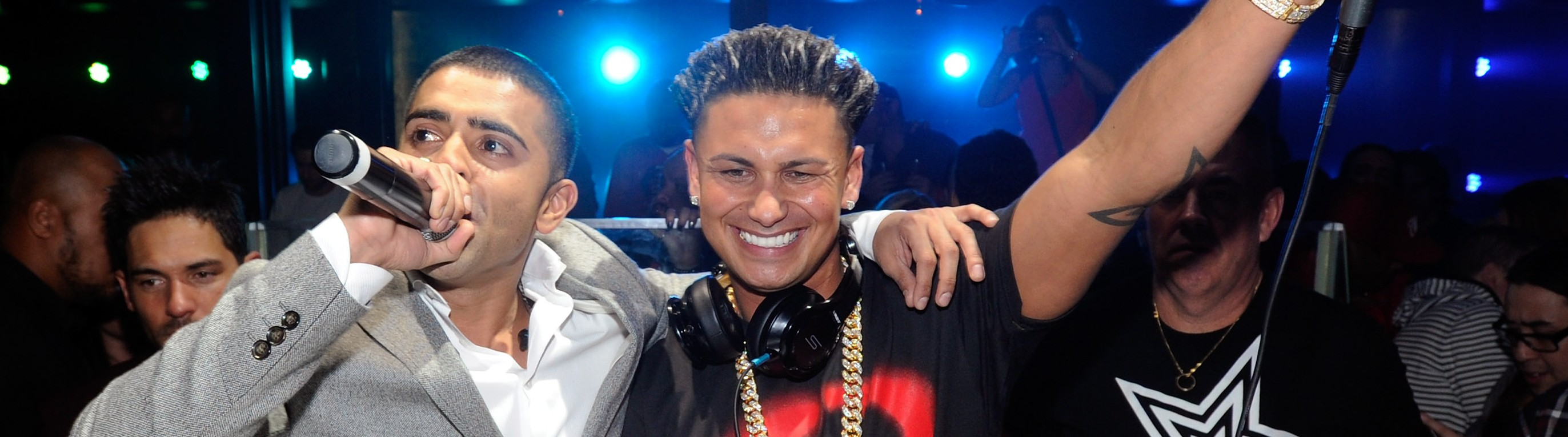 did pauly d dating farrah Aubrey o'day and pauly d are closer than ever shortly after the couple announced their rekindled romance on social media, the dumblonde songstress sits down with e.