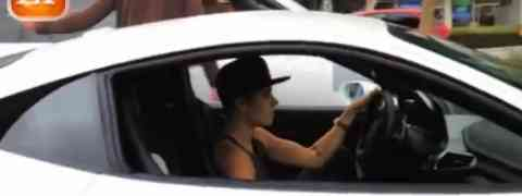Paparazzo Killed After Taking Photos Of Justin Bieber's Ferrari