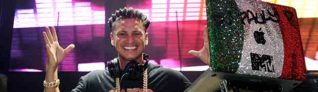 6 PARTY PHOTOS: DJ Pauly D Spins At Haze Nightclub In Las Vegas..Parties With Chord Overstreet, Ryan Cabrera