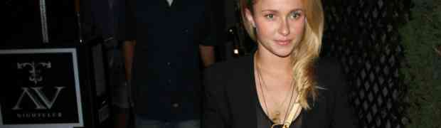 PHOTOS: Hayden Panettiere Makes Late-Night Leggy Appearance At Hollywood's AV Nightclub