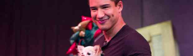 PHOTOS:  Mario Lopez Hangs With Mr. Piffles In Las Vegas