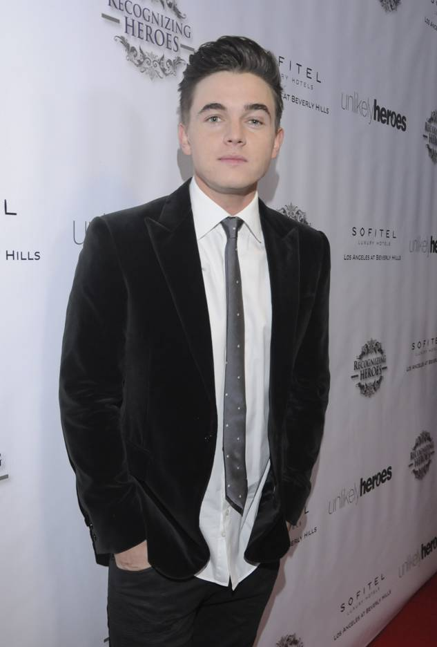 Special performer of the night Jesse McCartney at the 3rd Annual Unlikely Heroes Awards Dinner and Gala to Benefit Child Victims of Sex Slavery Sponsored by XXIV Karat Sparkling Wines at the Sofitel L.A. in Beverly Hills Nov. 8. (Vivien Best/Getty Images)