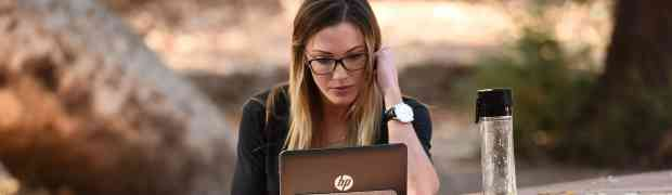 PHOTOS: 'Arrow' Actress Katie Cassidy Catches Quiet Time In Griffith Park