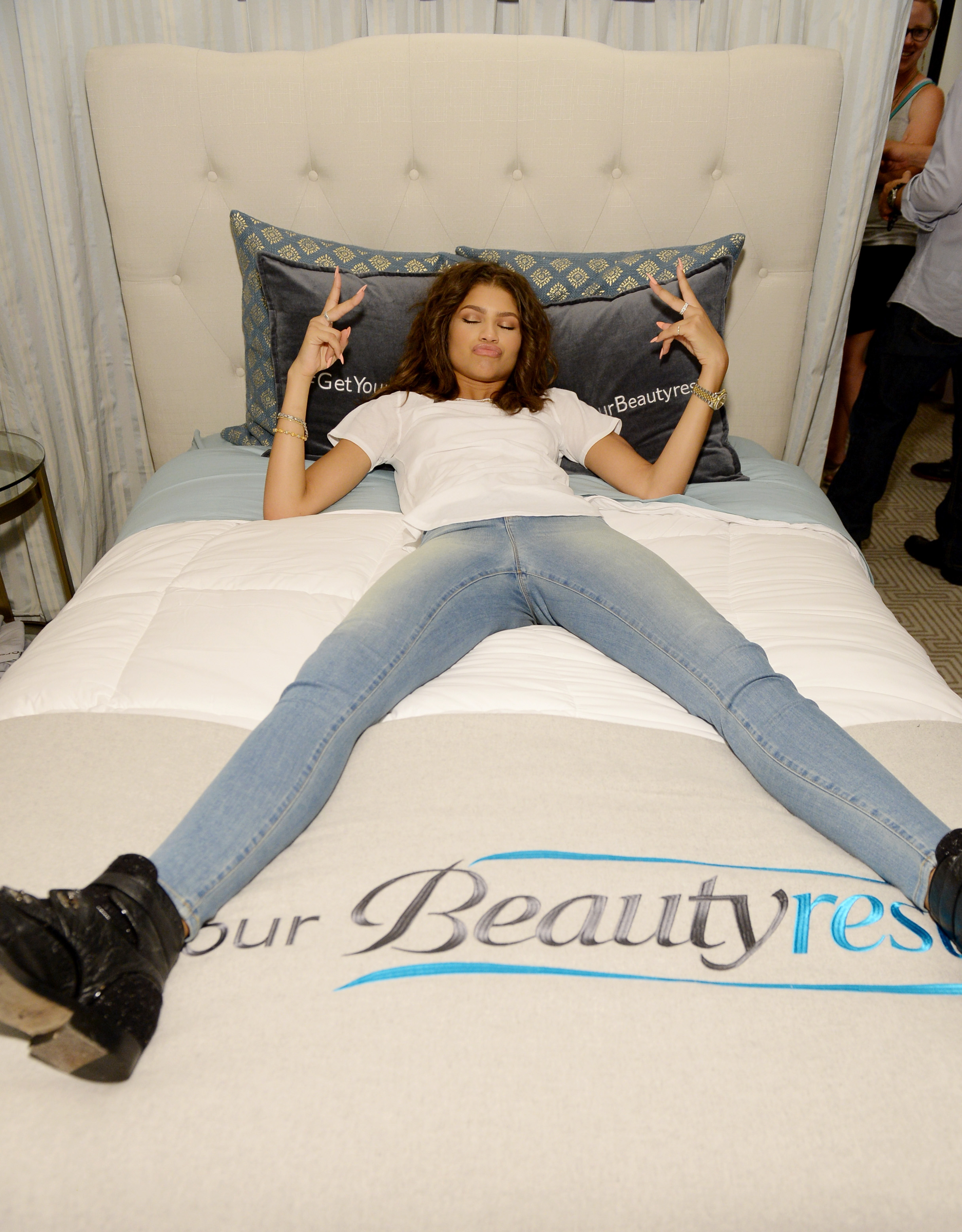"Zzzzz... Zendaya got her beauty rest with Beautyrest Mattresses at EXTRA's ""WEEKEND OF 